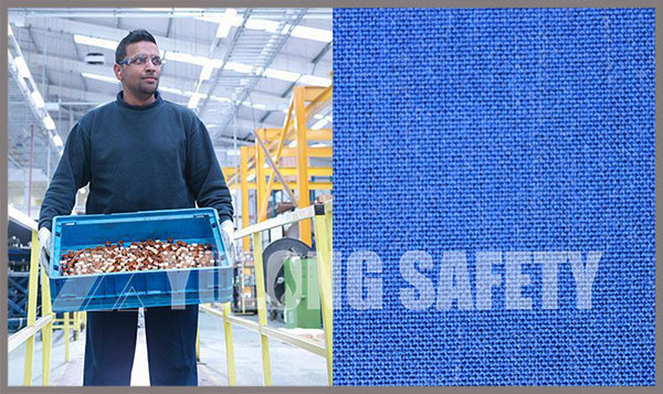 South Asian customer visit here to sign the order of royal blue color aramid flame retardant fabric